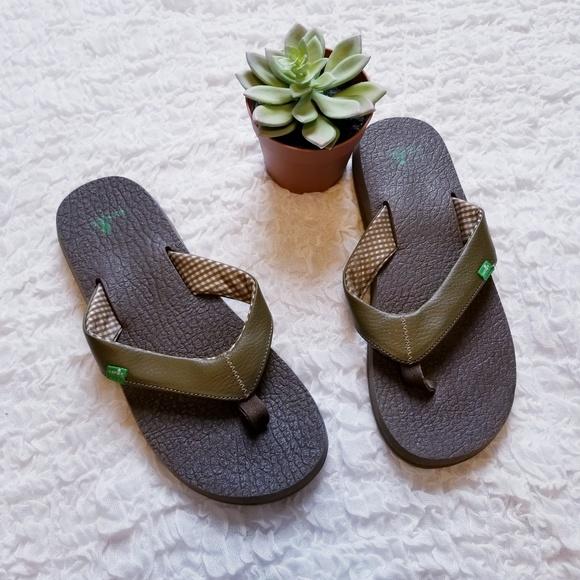 womens and flip wander yoga s women flop surf pagaiddeophhieai dirt footwear flops gravel sanuk mat